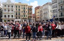 Un millar de niños participan en un Flashmob en Reus