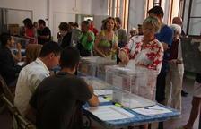 La participació cau tres punts a Catalunya i a Espanya es manté igual