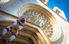 Diada castellera al Pla de la Seu amb la mirada posada en Santa Tecla