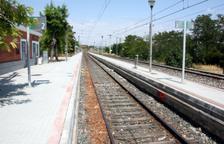 Adif adjudica les obres per substituir els canvis d'agulla a les estacions d'Ascó i Flix