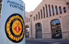 Un home mort en bolcar el seu tractor a Tortosa