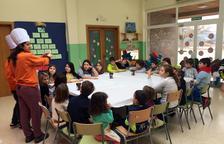 Prop de 200 infants gaudeixen dels tallers de Nadal de la Ribera d'Ebre