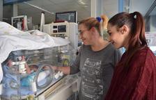 Ana Marin: «Vaig entrar a l'hospital per un còlic i he sortit amb un nadó»