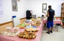 El servei 'Cafè i Caliu' ha servit més de 27.000 esmorzars durant el 2016