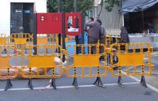 Nou parc infantil i zona enjardinada per potenciar l'illa de vianants al carrer Doctor Robert