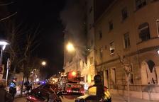 Dos afectats en l'incendi d'un pis al carrer Antoni Gaudí de Reus