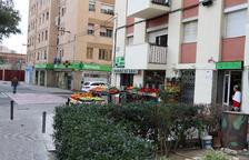 Una xarxa de comerços dels barris de Reus vetllarà per l'atenció de la gent gran