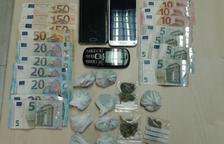 Dos detinguts al Vendrell per tinença de substàncies estupefaents