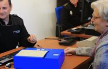 El Síndic demana una solució per evitar el «col·lapse» per tramitar el DNI