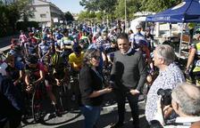 Prop de 200 ciclistes participen a la segona Clàssica Xavi Tondo de Valls
