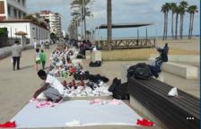 Coma-ruga denuncia que l'Ajuntament no aconsegueix posar fre al top manta