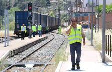 El descarrilament d'un tren a Ascó indigna la Ribera d'Ebre
