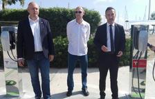 Sant Carles Marina, primer port esportiu amb punts de recàrrega per a cotxes elèctrics Tesla
