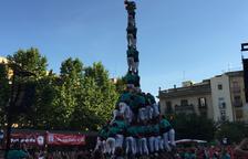 Els Castellers de Vilafranca estrenen la gamma extra en la seva primera actuació a Valls