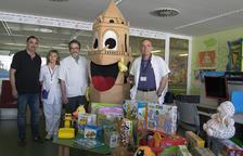 El Campi porta joguines pels nens i nenes ingressats a l'hospital Sant Joan