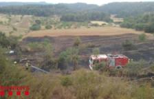 Un incendi de vegetació agrícola afecta una hectàrea i mitja a l'Espluga de Francolí