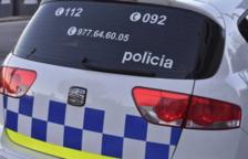 Detingut per agredir un agent després que li trobessin haixix a la motxilla