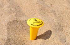 L'Ajuntament de Roda de Berà repartirà més de mil cendrers de platja