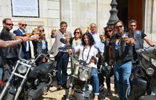 El motoristes de la campanya 'En la carretera, cerveza sin', paren a Tarragona