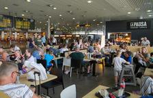 Una incidència a un avió provoca fins a 14 hores d'espera a l'Aeroport