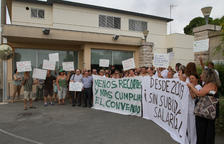 La plantilla de Villablanca xiula contra el viratge cap a un conveni del sector
