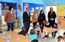 Escola Solidària de Roda recull material escolar per als infants sense recursos