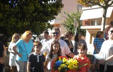 Una cinquantena d'entitats de Salou participen en l'ofrena floral a Rafael Casanova