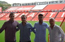 Marc Bartra i el Nàstic col·laboren en la formació dels futbolistes de la base