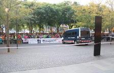 Centenars de persones es concentren a la Ciutat de la Justícia per demanar la llibertat dels detinguts per l'1-O