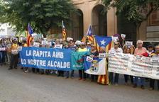 L'alcalde de la Ràpita s'acull al seu dret a no declarar i fa una crida a sortir al carrer per defensar l'1-O