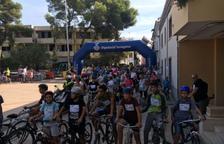 Més de 200 persones participen a la Pedalada Popular de Cunit