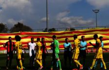 El Club de Futbol Reus expedientat per desplegar una gran senyera