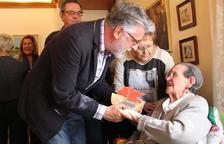 Homenatgen una àvia centenària de Roquetes