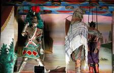 Las marionetas más tradicionales de Sicilia abren el telón en Valls