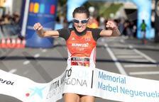 Laura Claveria i José Manuel Vieito s'enduen una Mitja Marató de Tarragona dedicada a Marbel Negueruela