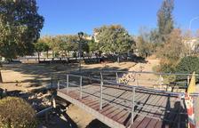 L'Ajuntament remodela la plaça dels Ànecs i elimina el petit estany