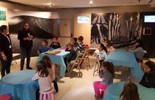 Els infants gaudeixen de tallers i manualitats de Nadal al Gaudí Centre