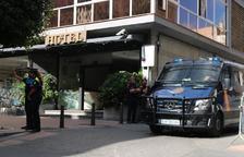 Los policías nacionales desplegados en Reus para el 1-O afirman que pasaron miedo