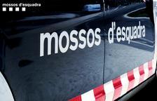 Dos detinguts per atracar amb ganivets una benzinera de Salou