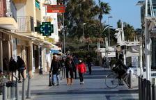 Activitat als comerços i hotels més plens, signe d'un Cambrils refet dels atemptats de fa mig any