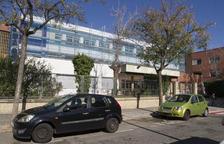 L'Institut Gaudí comença a revestir de colors corporatius la façana
