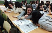 El programa 'Premsa a les escoles' arriba a 15 instituts de la demarcació