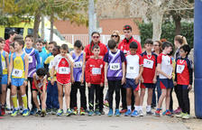 Més de mig miler d'esportistes corren en el Cros Cèsar August
