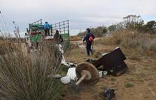 Recullen 4 tones de residus, la majoria plàstics, en la campanya 'Per un Delta Net'