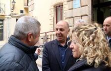 Declara l'alcalde de l'Ampolla sobre els símbols i llaços grocs als espais públics