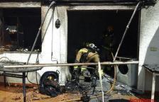 Crema el garatge d'una casa a Miami