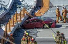 L'esfondrament d'un pont causa diverses morts a Miami