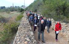 Cinquanta veïns de Creixell participen al Via Crucis a l'Ermita de la Mare de Déu de Fàtima