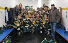 Catorze nois d'un equip d'hoquei moren en un accident de trànsit al Canadà