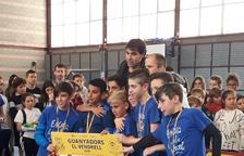 Més de 120 alumnes d'escoles del Vendrell participen en la 7a edició del Cruyff Court